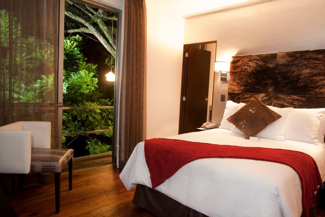 A habitaci%c3%b3n sencilla at la inmaculada hotel guatemala city