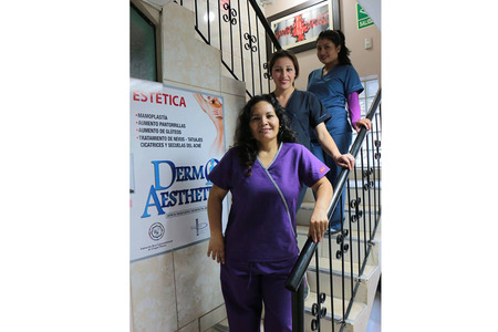 Dr. Enzo Bazualdo  -  Cosmetic and Aesthetic Clinic