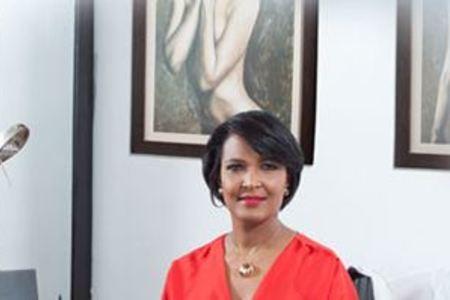 Dra. Disnalda Matos - Plastic & Reconstructive Surgery