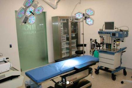 Dr. Wilfrido Nevárez Alvarez - Plastic Surgeon