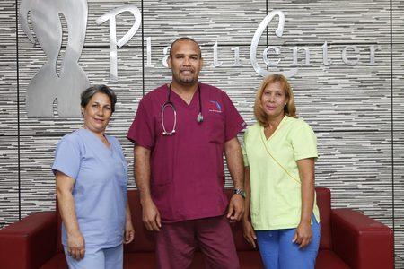 Dr. Roberto Guerrero Daniel - Plastic Surgeon