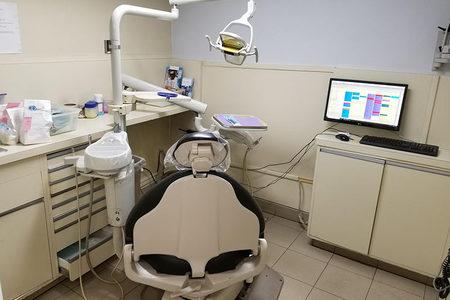 Exam room dentist in the bronx dental clinic