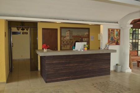 VIP Hacienda Recovery Centre BY Dr. Oscar Alcaraz