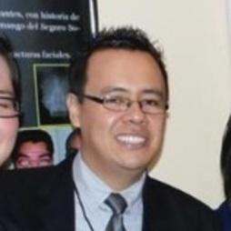 Mario Roberto Flores