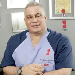Dr. Roberto Guerrero