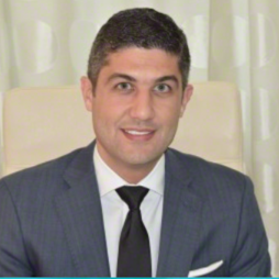 Dr. Miguel Mota