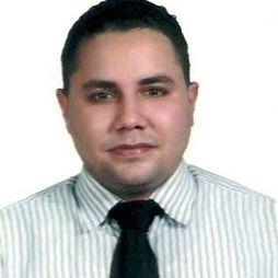 Dr. Yangel Núñez