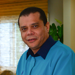 Dr. Héctor Zorrilla Beras