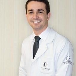 Dr. Rodrigo  Rosique