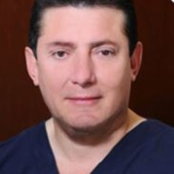 Dr. Buenaventura  Leal