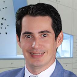 Dr. Luis Eduardo  Plazas Coronado