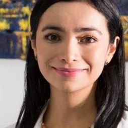 Dr. Carolina  Restrepo
